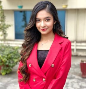 Anushka Sen Biography Wiki Age Profession Monthly Income Qualification Boyfriend Affairs Father Name Mother Name Cars Net Worth